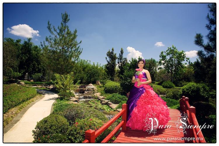 Mayka sesi n casual en jardines de m xico sesion casual for Jardines mexico